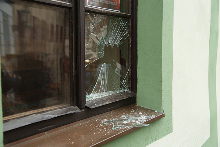 A2B Glass are able to board up broken windows while they are being repaired in Sunninghill.